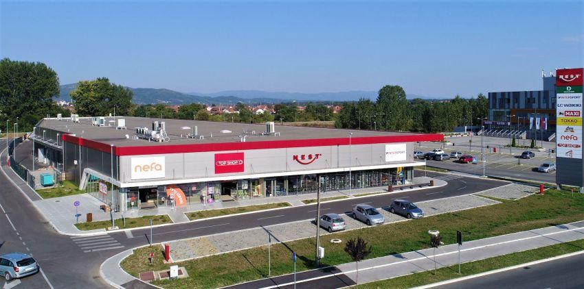 Valul marketplace: lansarea primului magazin online al unui centru comercial din România